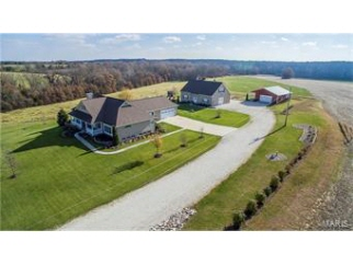 924 Giles Road, Troy, MO, 63379