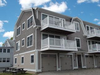 8 Oceanside Ave #2, York, ME, 03909 United States