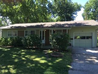 1307 E. 19th Street, Lawrence, KS, 66046 United States